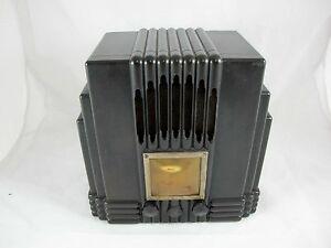 AWA EMPIRE STATE RADIO BLACK BAKELITE, THE FISK RADIOLETTE C1930'S