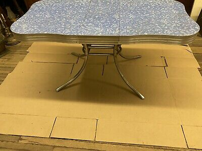 Vintage 1950    Kitchen Chrome 5' Table