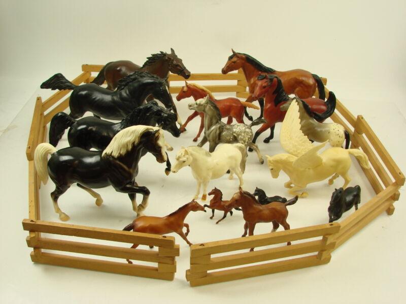 Lot of 20 Breyer Horses Traditional Pegasus Brown Black Grey w/ Wooden Corral