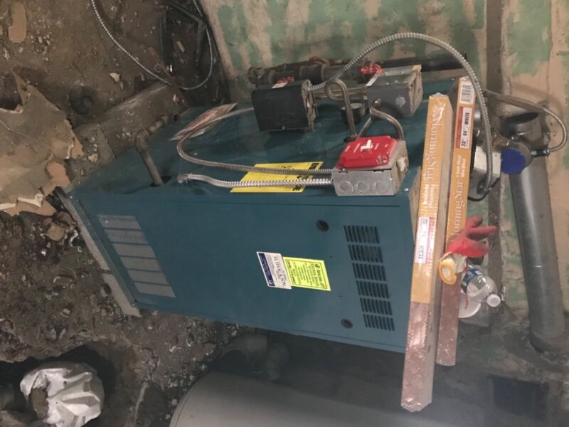 burnham hydronics independent gas fired boiler great condition