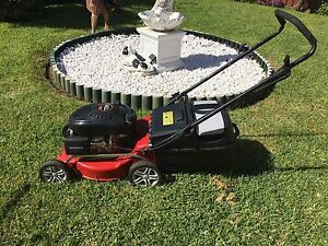 Lawn mower Fairfield Heights Fairfield Area Preview