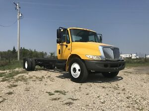 2004 International 4300 Automatic Cab and Chassis