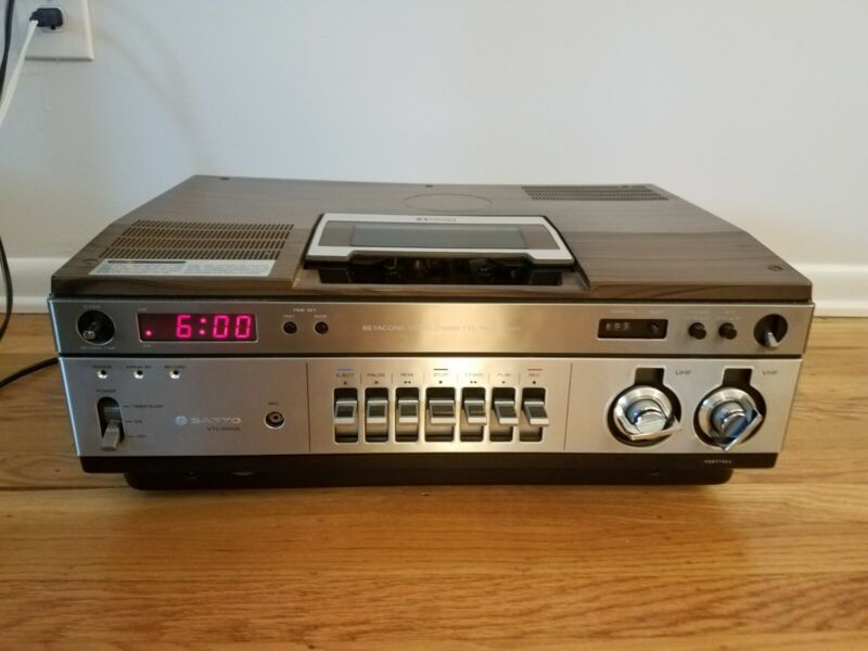 Sanyo VTC 9100A BetaCord Beta Cassette Recorder Player--Showroom Condition!