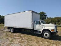 Ford F700 box truck - 24 foot box with ramp