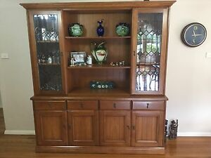Beech Timber Buffet and Hutch, two piece Shellharbour Shellharbour Area Preview