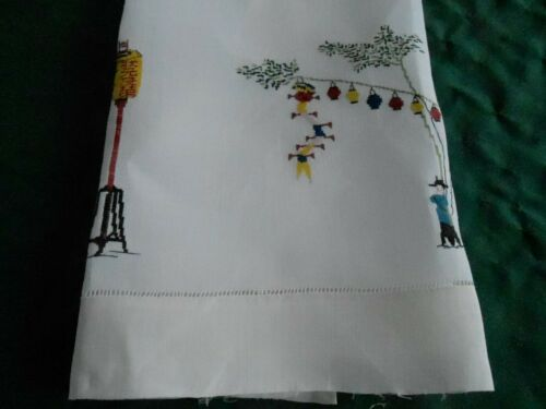 LARGE ANTIQUE LINEN TOWEL WITH PETTI-POINT HAND EMBROIDERED LANTERNS, CIRCA 1930