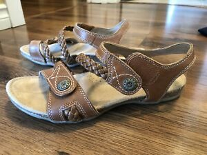 Earth Origins leather sandals