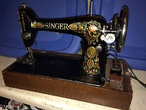 Antique Singer sewing machine from 1910.