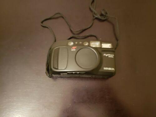 Minolta Sightseer Zoom AF Date 35mm 70mm Camera - $15.00