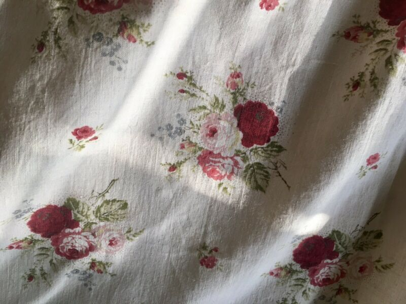 Vintage French Shabby Cottage Roses Cotton Fabric ~ Red Pink Green