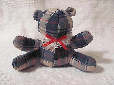 "Christmas Cloth Green Plaid Teddy Bear White Lace Colar & Red Bow 4"" x 5"""