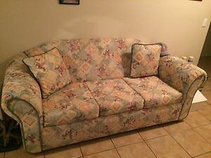3seater sofa bef Rosemeadow Campbelltown Area Preview