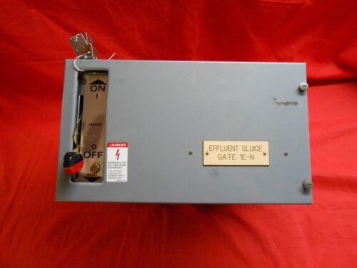 "SQUARE D MODEL 5 MCC 9"" FEEDER BUCKETS W/ CIRCUIT BREAKER 30 amp"