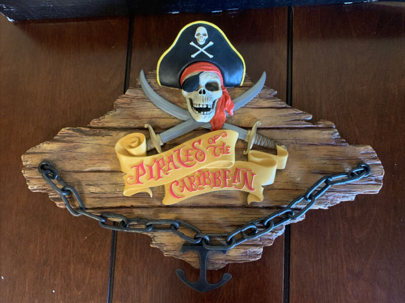 Disney Pirates Of The Caribbean Talking Plaque New Flaw
