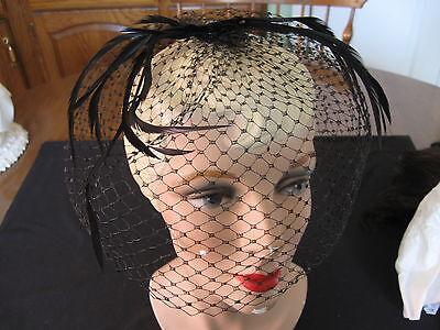 Vintage Woman's Mesh Net Veil Black Hat Feathers Church Cocktail Wedding Derby