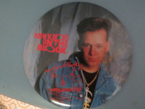 "Vintage New Kids On The Block Donnie Wahlberg 1989 Button-up 6"" Pin"