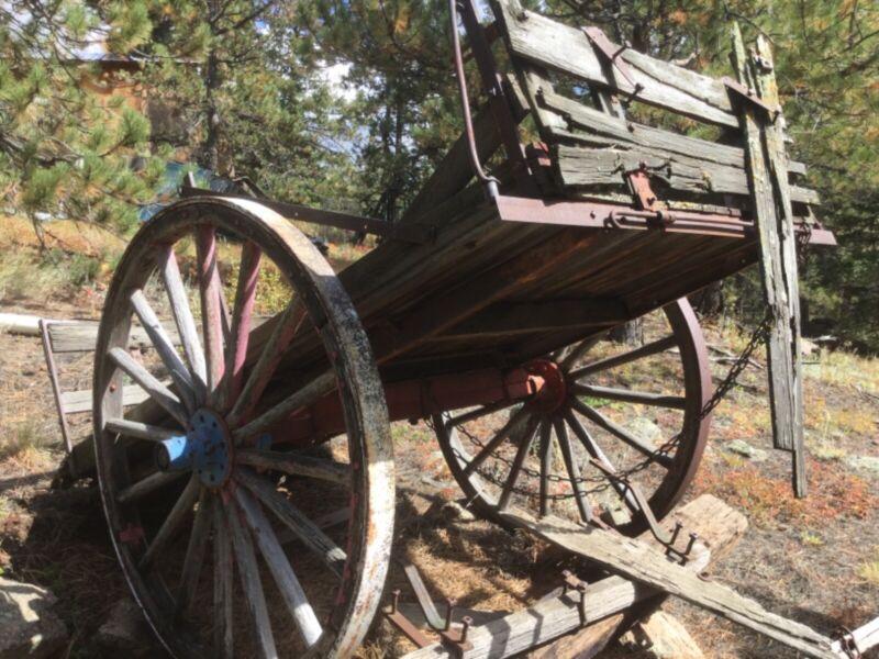 Horse drawn 2 wheel heavy dump cart