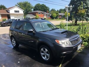 2010 Subaru Forester XT Limited AWD with Nav