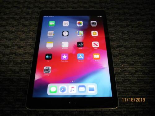 Apple iPad 6th Gen, Wi-Fi, 9.7in - 32GB 128GB - Gray Silver Gold - Grade C