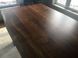 Walnut table live edge