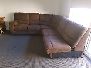 Lounge suite Wallan Mitchell Area Preview
