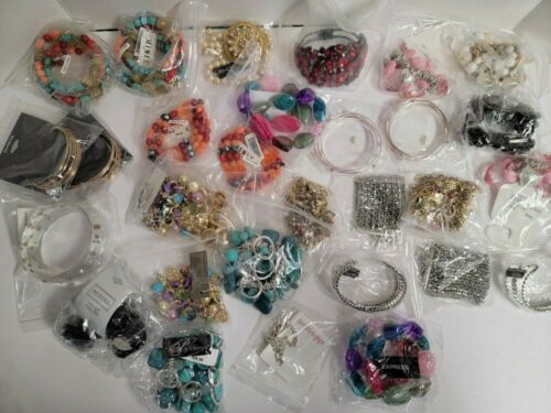 Brand Name Trendy Wholesale Fashion Jewelry Bracelets for ReSale LOT of 30!