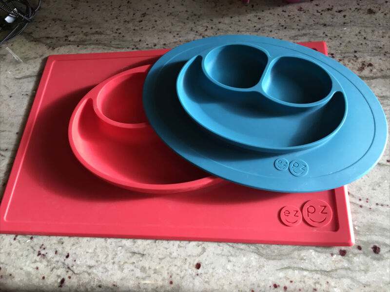 Ez Pz Happy Mat Silicone Plate Big Pink And Small Blue Lot Of 2