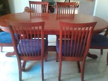 Stunning dining table and chairs Altona Meadows Hobsons Bay Area Preview