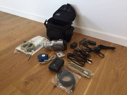 Panasonic video camera - NV MX500A