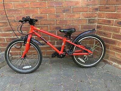 Frog 52 Red Bike - Age 5-8 , Very good condition