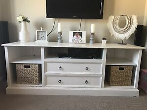 Solid wood Entertainment unit Kiama Kiama Area Preview
