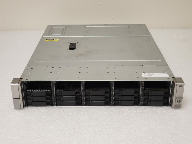 "HP StorageWorks D3700 25-Bay 2.5"" SAS Disk Array QW967A"