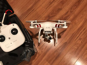 DJI Phantom 3 with accessories (Drone)