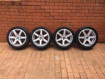 4 sets wheel and rim 255/45 R17