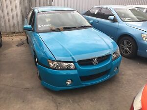 VZ SV6 wrecking complete car turnismo blue immaculate condition Smithfield Plains Playford Area Preview