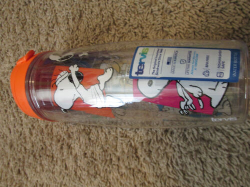 Tervis Peanuts mulit Snoopy   Water Bottle new