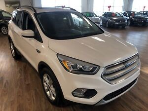 2018 Ford Escape SEL 4WD (s-roof/Nav/leather)