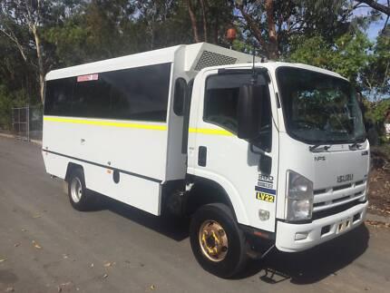 2012 Isuzu NPS300 4x4 / 4WD Bus/ Motorhome Conversion