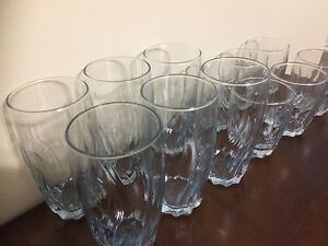 Set of 12 matching glasses - New condition