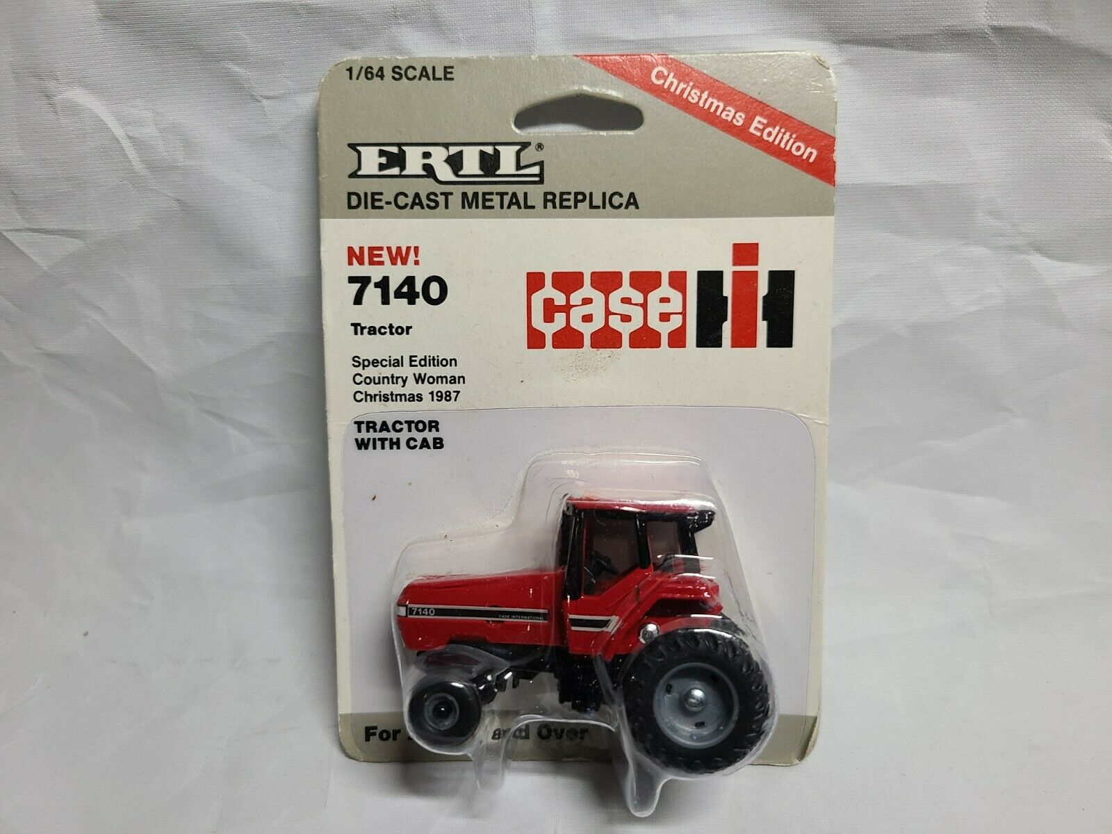 Case IH 7140 Tractor 1987 Country Woman Christmas ERTL 496-7HFP 1:64 Scale NIP