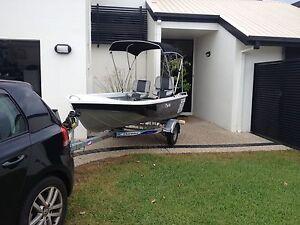 Mako Craft Tracker deluxe dingy tinny boat Warana Maroochydore Area Preview