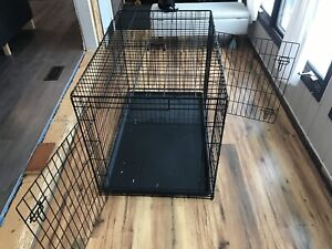XL collapsible Dog crate with dual doors and divider wall
