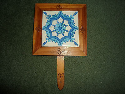 MEXICAN DAL-TILE TRIVET W/HAND CARVED WOOD & HANDLE, Late 1970's