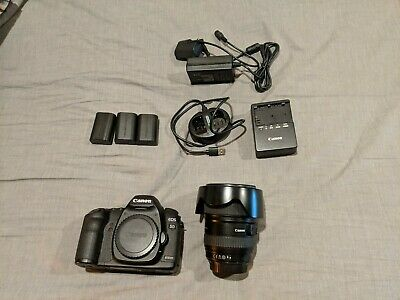 Canon EOS 5D Mark II 21.1MP Digital SLR Camera with Canon EF 24-105mm F4 L Lens