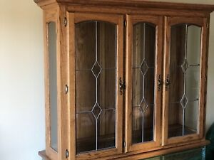Display dining cabinet