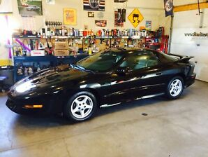 1995 Pontiac Firebird Trans Am only 41000 kms