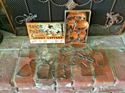 LOT OF 19 VINTAGE HALLOWEEN METAL COOKIE CUTTERS GREAT SHAPES 6 IN BOXED SET
