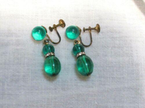 Vintage Clear Emerald Green Lucite Rhinestones Dangling Drop Screw Earrings