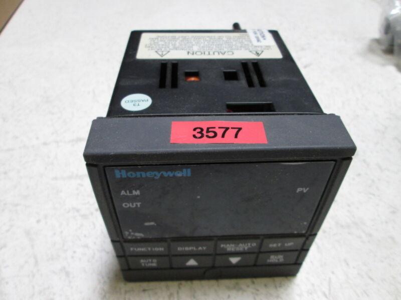 HONEYWELL DC200H-0-000-100000-0 CONTROLLER * USED *