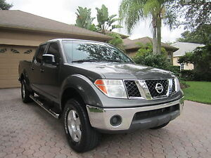 2008-Nissan-Frontier-4WD-Crew-Cab